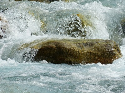 river-177314_1280