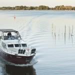 """Auffällig unterwegs mit der Superior-Yacht """"Zora"""""""